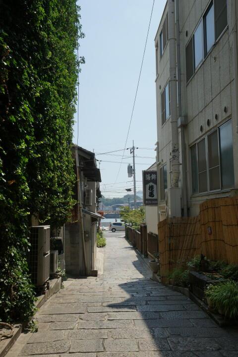 http://www.furoku.tabisanpo.com/2013008290046.jpg